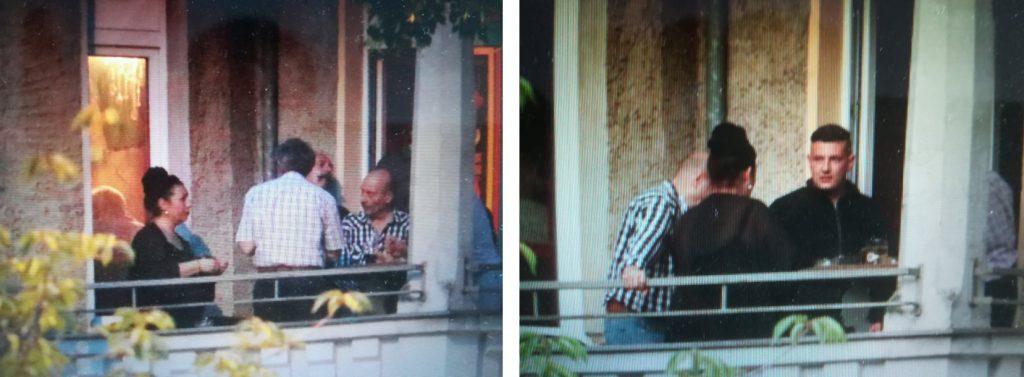 Zigarettenpause: Paula P'Cay auf dem Balkon des Cafe Breslau mit alten Männern und NPD-Schutzzonen-Aktivist